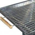 Барбекю тип комин от неръждаема стомана за дървени въглища с много добра естествена тяга. Отлични размери инокс 450х450 лукс.