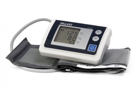Апарат за измерване на кръвно налягане, за над лакътя – Nissei DS-500
