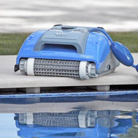 Робот за почистване на басейн Dolphin Supreme M3