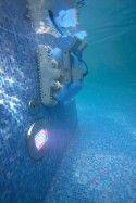 Робот за почистване на басейн Dolphin Supreme M4 PRO